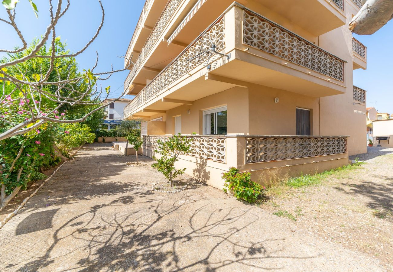 Apartment in L'Escala - Luna