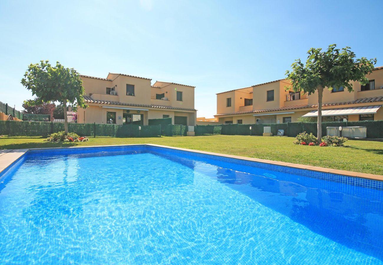 Villa in L'Escala - Rosa