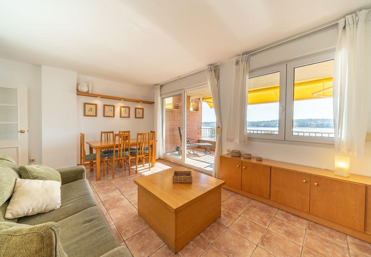 Apartment in L'Escala - Sandra