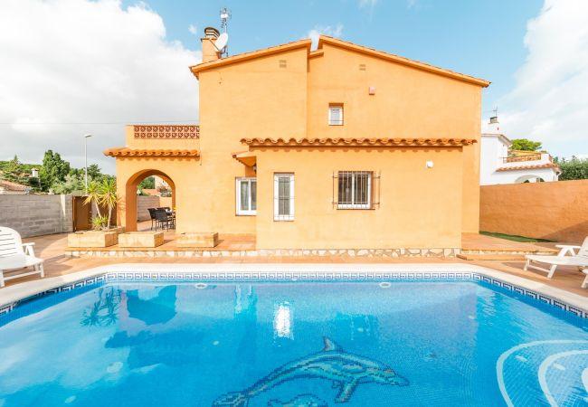 Villa in L'Escala - Gemma